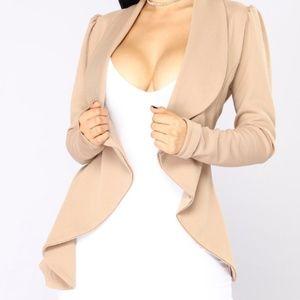 BRAND NEW! Meet and Greet Blazer - Fashion Nova